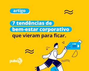 Pessoa feliz caminhando com um celular na mão a frente de um fundo amarelo em referência ao bem-estar corporativo